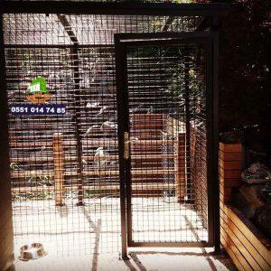 panel çit köpek