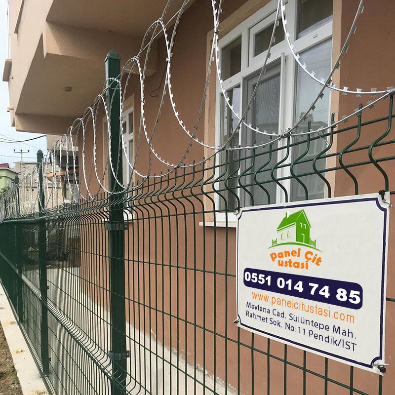 Duvar üstü çit uygulaması