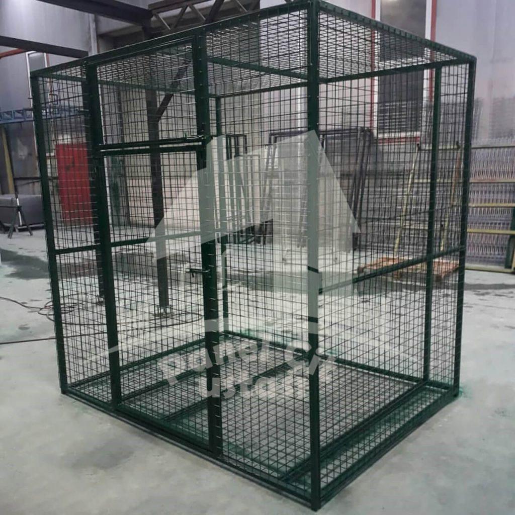 açıkta tel kafes yapılması