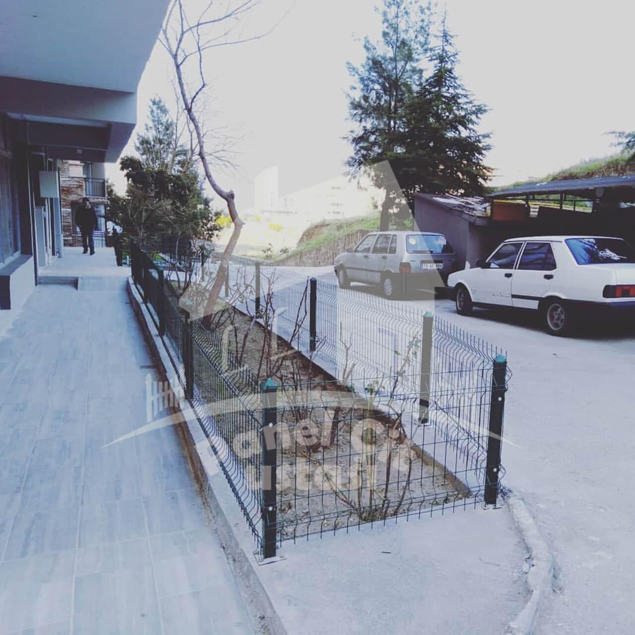 Panel çit korkuluk yapılması ve yerine montajı