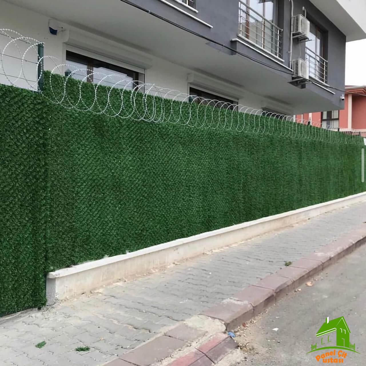 jiletli panel çim çit